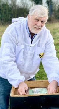 Patrick Murfet, Bee Equipment