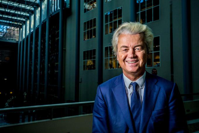 Een probleem 'oplossen' door het gewoon te ontkennen, is natuurlijk ook manier om er 'vanaf te komen'. Maar of dat nou een gelukkige keus is van Geert Wilders en de PVV?