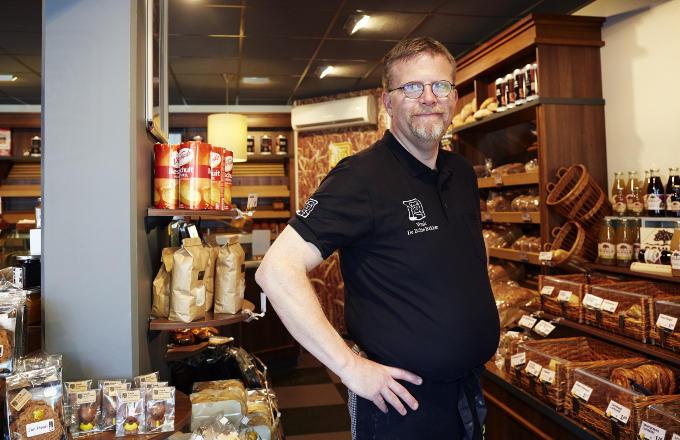 'Ik heb niks tegen regels', zegt bakker Adriaan Vonk, 'maar mag het alsjeblieft iets makkelijker?'