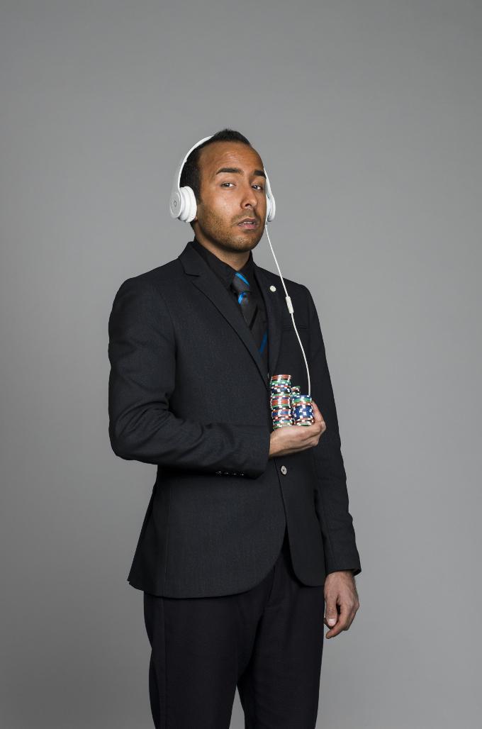'Hij is een opkomend dj. Vaak wordt gevraagd of hij gratis kan komen draaien'