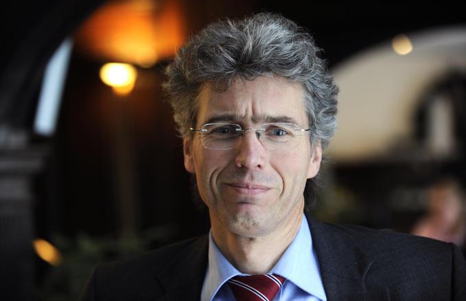 Adriaan Schout: 'We doen helemaal niets om de partijen bij elkaar te brengen'