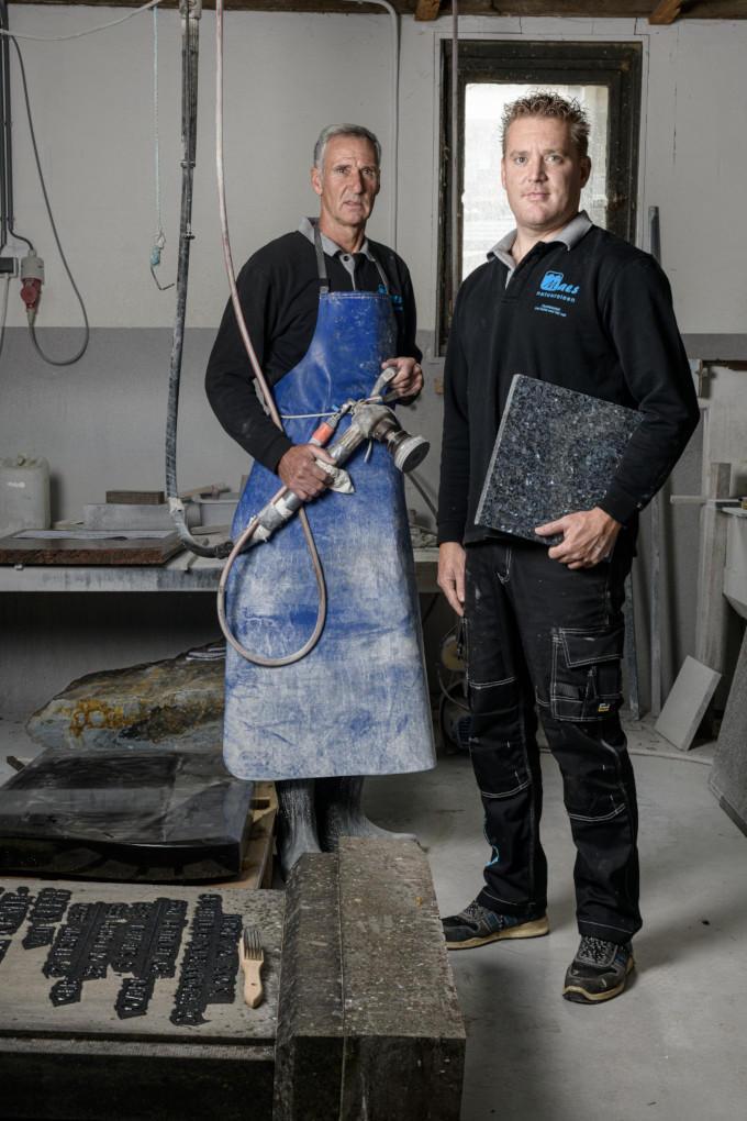 Pieter sr en Pieter jr Maes, familiebedrijf Maes Natuursteen