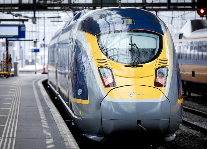 Een snelle treinverbinding tussen Amsterdam en Groningen: het Noorden wacht er al jaren op
