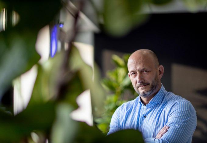 Maurice Taks: 'In het VK kun je als je specialist bent met een brief van je werkgever een zogenoemde waiver aanvragen, waardoor de quarantainemaatregelen worden verlicht'