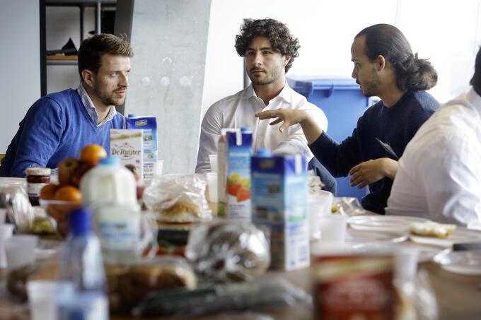 Harde deals worden er niet gesloten, maar zo'n startupslunch is gewoon een goed begin