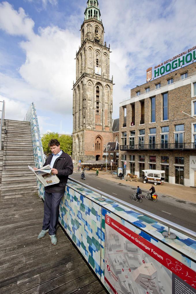 Groningen is 'zijn' stad. Stefan Holthausen voelt zich thuis op de Grote Markt