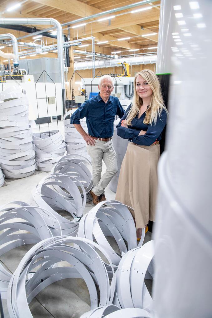Theo en Emmelien Regeling van familiebedrijf RPP Kunststoffen: 'Als we nu niks doen, kan ik het bedrijf straks niet aan een derde generatie overdragen.'