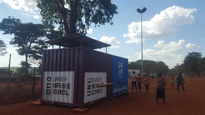 Verlichting betekent in vluchtelingenkampen meer dan alleen 'licht in de duisternis'. Het is ook: veiligheid voor kwetsbare groepen