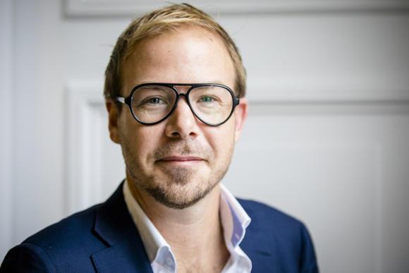Gijs van Dijk wil niet zeggen dat hij multinationals háát, maar…