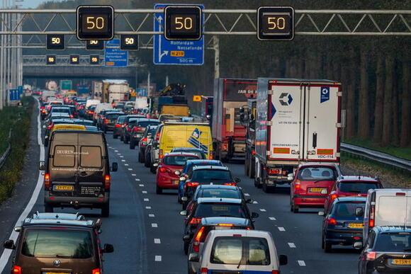 'Nederland loopt vast zonder extra geld voor infrastructuur'