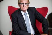 Hans de Boer neemt PvdA-petitie in ontvangst: 'Einddoel is hetzelfde'