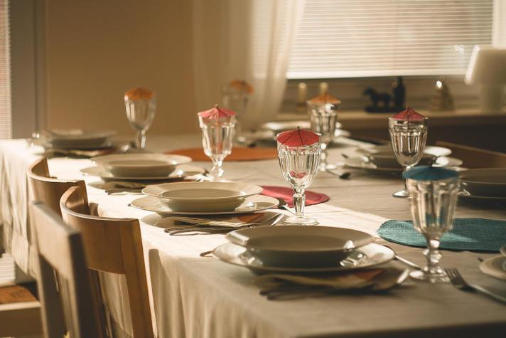 Zo ontdekte Modint de relatie tussen de prijs van tafellinnen en huizen