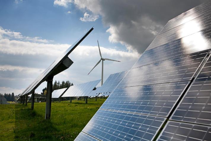 Wilt u 43.000 windmolens Of 1.040 km2 zonnepaneel De échte keuzes komen nu