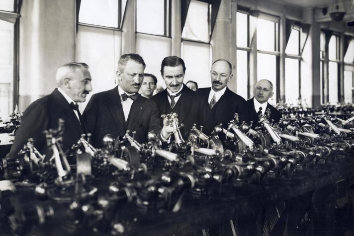 Abraham Asscher (1880 – 1950): gezaghebbend ondernemer en vooraanstaand politicus