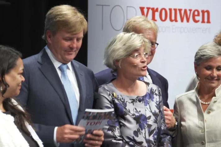 Topvrouwen met Willem-Alexander