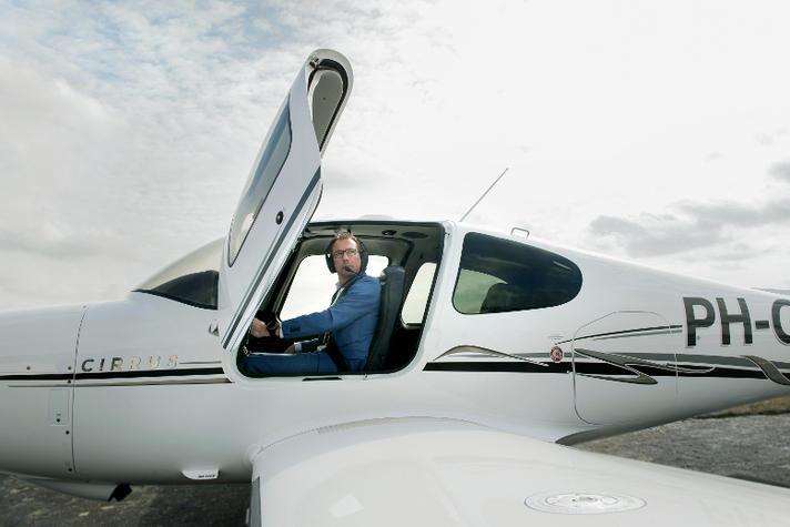 Deze ondernemer is piloot in zijn vrije tijd: 'Een jongensdroom' | Opinieblad Forum