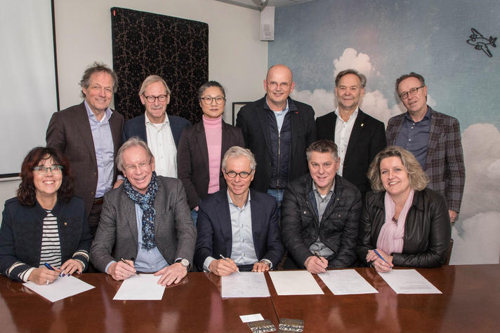 Ondernemers tekenen manifest voor start Lelystad Airport in 2019