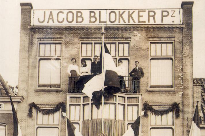 Welke boer haalt neusringen voor zijn stier nou bij Blokker?