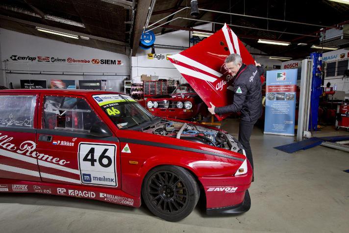 'Racen in een Alfa Romeo heeft van mij een petrolhead gemaakt'